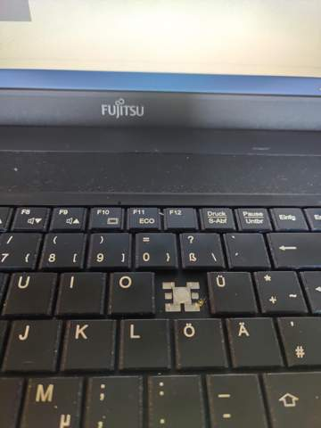 - (Computer, Laptop, Fujitsu)
