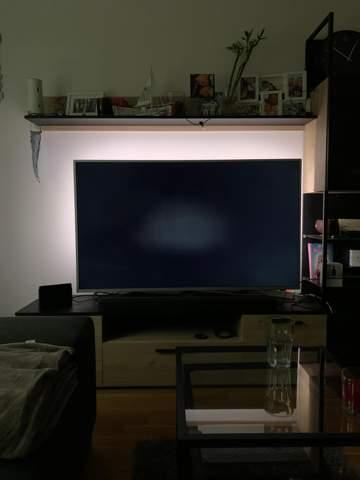 Heller Fleck in der Mitte bei Philips 58PUS8505 LED-Fernseher?