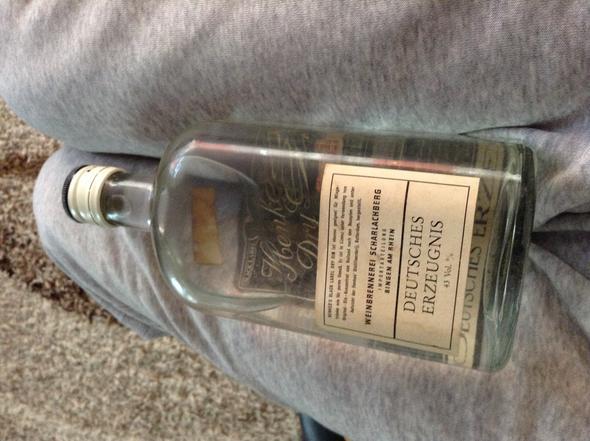 Von hinten - (Alkohol, Jahre, Gin)