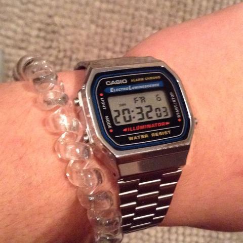 Das ist die uhr - (Uhr, Arm, Armband)