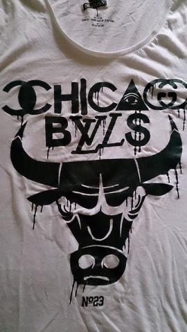 Hey wie heisst die marke von diesem t-shirt?!