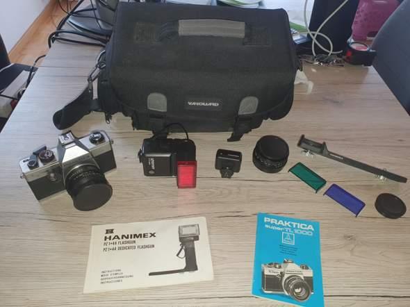 Hey wollte mal nachfragen was so eine Kamera mit Zubehör ungefähr wert sein könnte? Und ob der preis steigt umso älter die kamera ist?