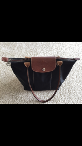 Tasche von vorne  - (Kleidung, Tasche, Handtasche)