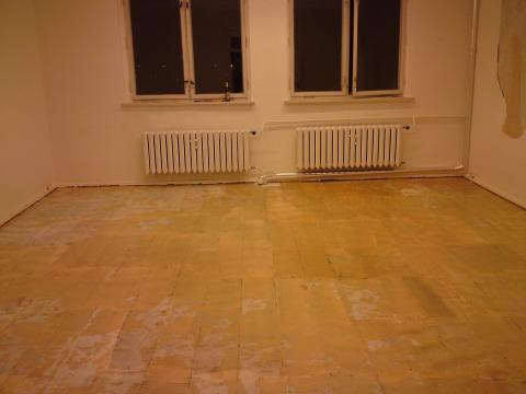 Hilfe bodenfarbe wird immer braun nach anstreichen wie for Boden streichen