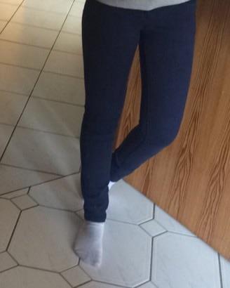 So sind sie in Jeans  - (Beine, Figur, dick)
