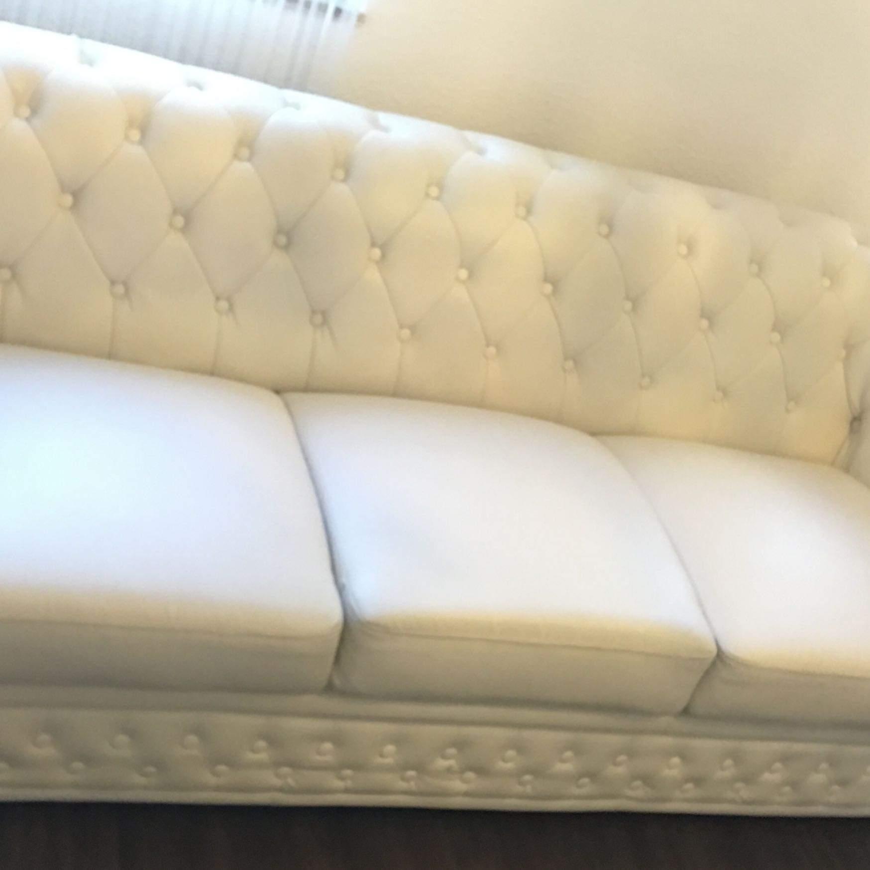 Hilfe! Weiße Kunstleder Couch wieder sauber bekommen?