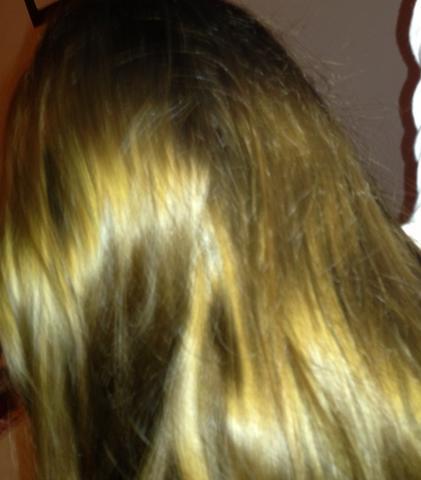 hilfe wer kennt sich mit haare fÄrben aus färben