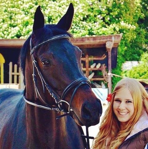Hier ein Foto von uns beiden.. - (Krankheit, Pferde, krank)