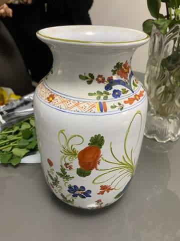 Hilfe zu einer Keramik Vase?
