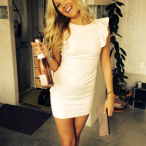 Hilft mir dieses Kleid zu finden (18 Geburtstag)