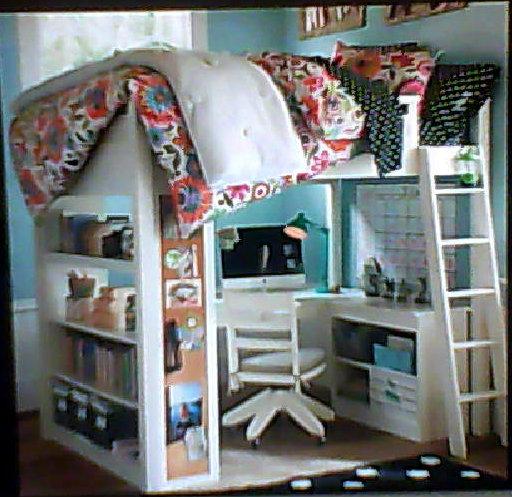 hochbett mit schreibtisch siehe bild bett. Black Bedroom Furniture Sets. Home Design Ideas