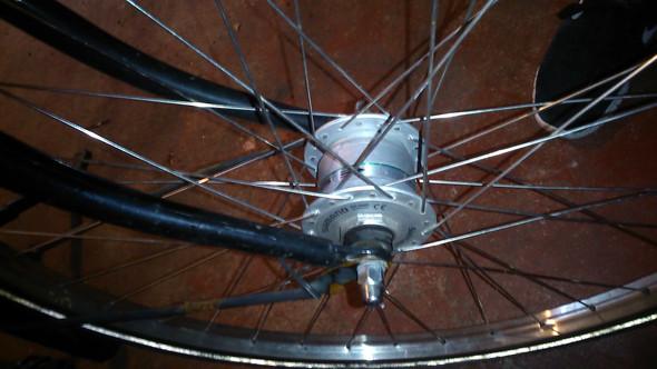 Und das ist mein dynamo - (Fahrrad, reparieren)
