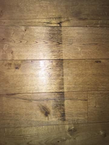 Holzboden reinigen?