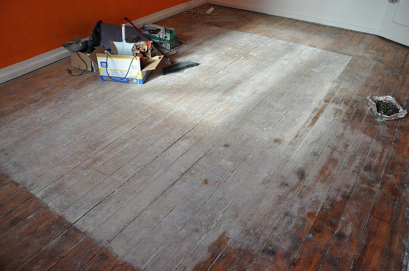 Fußboden Dielen Weiß Streichen ~ Lasiertes holz streichen excellent dachfenster with lasiertes
