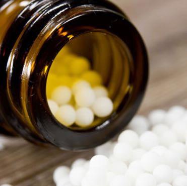 Globuli ein bekanntes Mittel bei der Homöopathie  - (Gesundheit, Gesundheit und Medizin, Medizin)