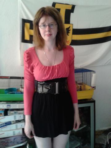 the clean aufregende reife Frau fickt zwei schwarze Freunde available request you send