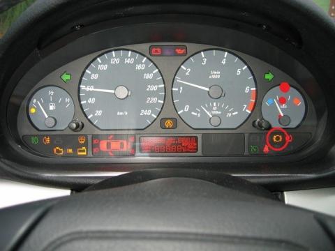 Ich habe am Auto (BMW e46 3er) einen Gelben Signal (Tacho)   {Auto cockpit erklärung 48}