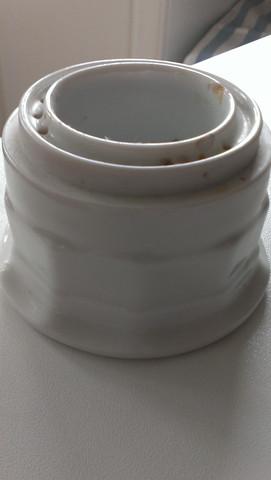 Teil von der Seite - (DDR, Porzellan, Keramik)