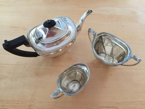 Mit Milch und Zucker  - (Küche, Tee, Silber)