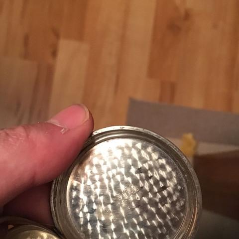 Ich habe eine Taschenuhr bei mir, seit drei Generationen. Welchen Wert besitzt das?