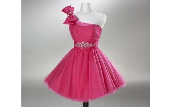 Bild 3 - (Kleid, Wetten)