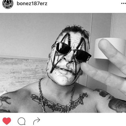 Ich möchte einen Freund an Halloween schminken wie Bonez mc?
