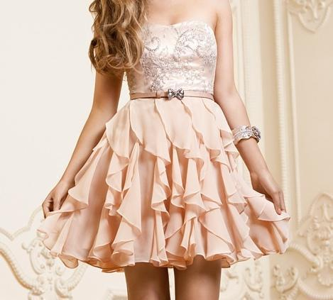 Kleid - (Abschluss, Kleid)