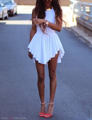Dieses Kleid  - (Abschluss, Kleid, Ball)