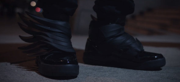 (Das sind die gesuchten Schuhe). - (Schuhe, Junge, Style)