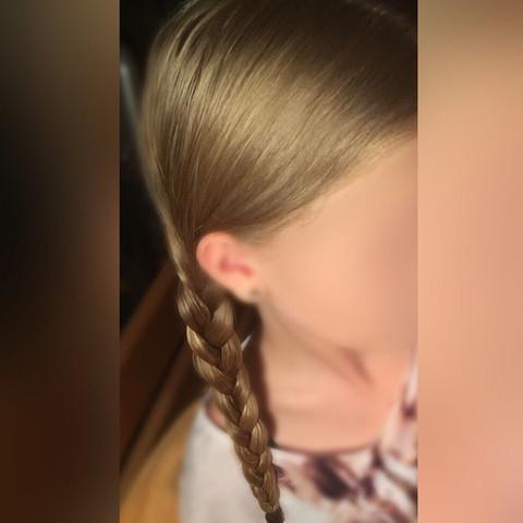 natürliche Haarfarbe (wirken wegen der Lichtverhältnisse ein wenig goldiger) - (Tönung, Ombre)