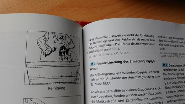 bild 2 - (Schule, Geschichte, Hausaufgaben)