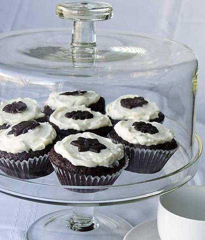 Schwarzer Teig Cupcakes - (essen, cupcakes, Schwarzer Teig)