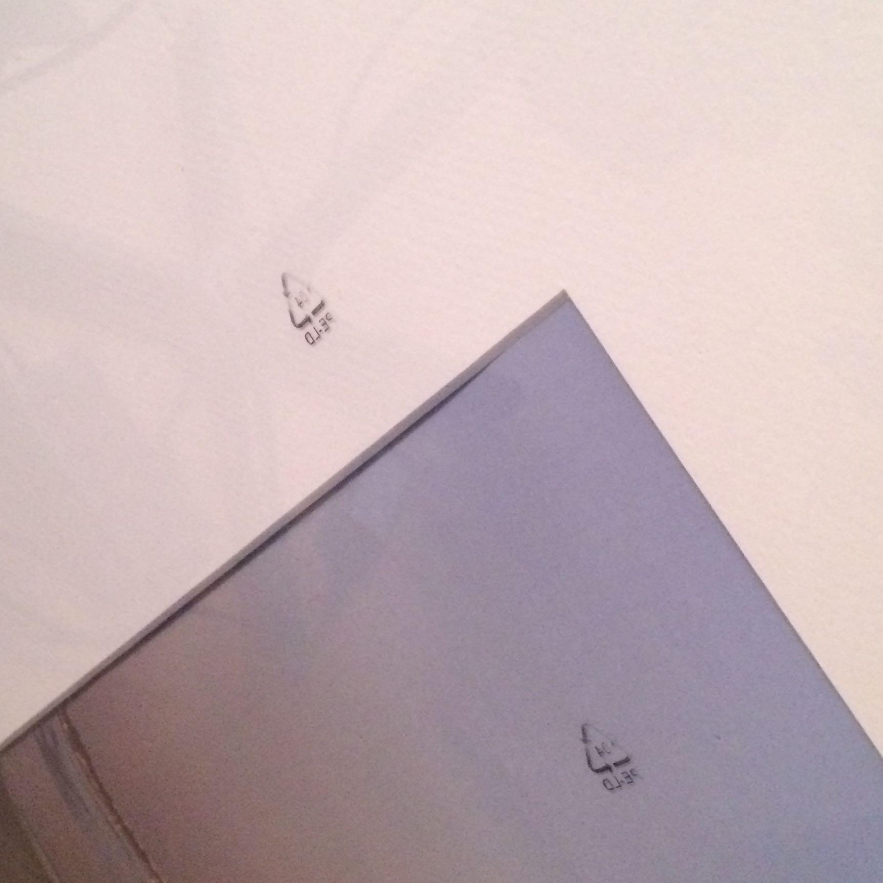 Ikea Bilderrahmen: wie kriege ich diese Symbole Weg?