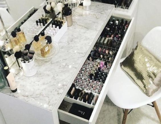 So in etwa wie in dieser Schublade. Vor allem die Puder aufbewahrung suche ich. - (Make-Up, IKEA, Aufbewahrung)
