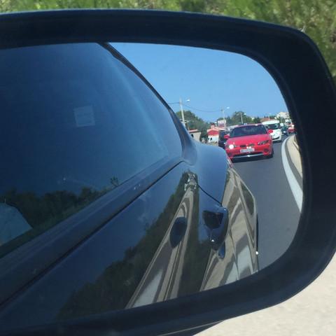 Was ich nun wissen will was das für ein Auto ist (das Rote)   - (Auto, PS, Sportwagen)