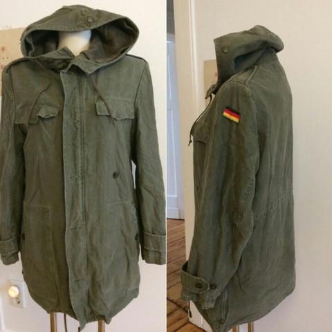 - (Kleidung, Klamotten, Bundeswehr)