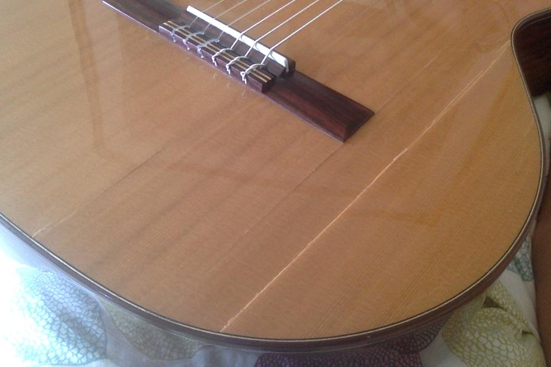 in meiner gitarre ist ein riss was tun musik reparatur. Black Bedroom Furniture Sets. Home Design Ideas