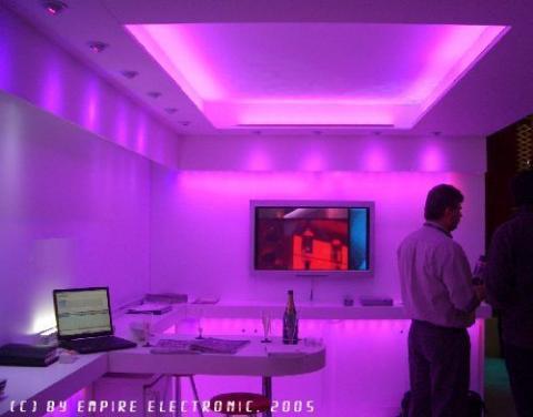 indirekte deckenbeleuchtung selber machen bauen beleuchtung. Black Bedroom Furniture Sets. Home Design Ideas