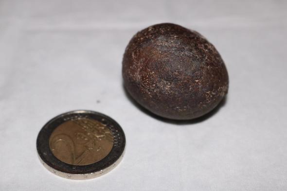 unterschiedlichen - (Metall, Steine, Fund)