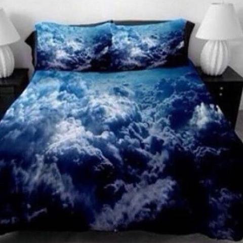 Dunkelblau mit HD - Wolken :)  - (Internet, Bett, Bettwäsche)