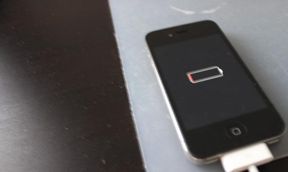 Iphone 4s geht nicht mehr aus