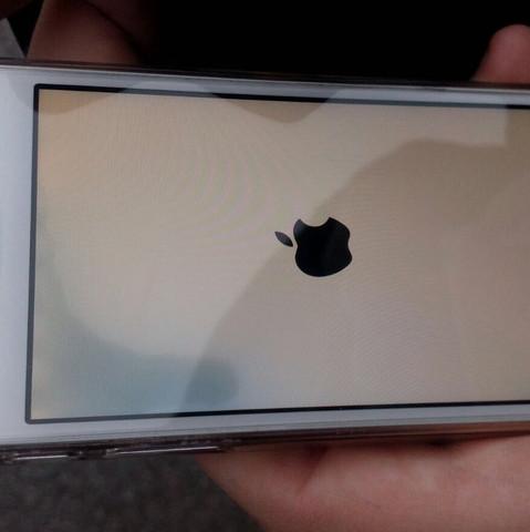 iPhone SE  - (iPhone, Display, Apple iPhone)