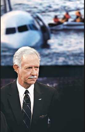 Ist Captain Sullenberger Nach Der Spektakulären Landung Auf Dem