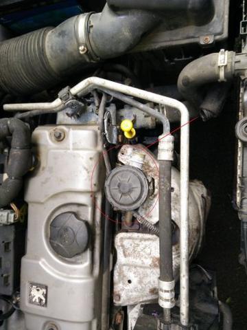 Das Ventil und Fehlendes Schlauchstück - (Auto, Motor, AGR)