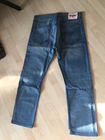 Bild 2 - (Fake, Jeans, Original)