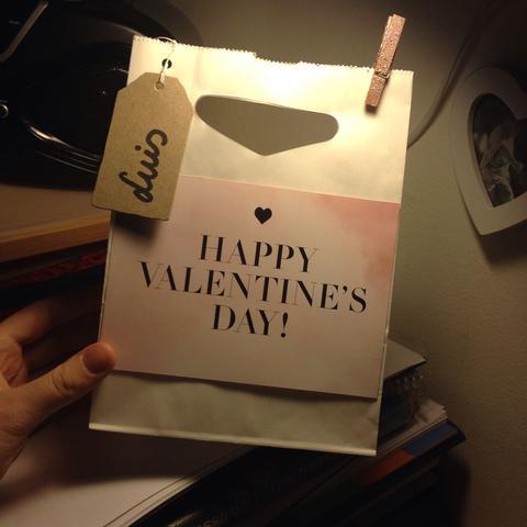 Da kommt alles rein + Pralinen  - (Liebe, Geschenk, Valentinstag)