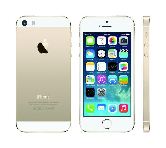 ist das iphone 5s wei gold auch was f r jungs oder wegen der farbe eher was f r m dchen. Black Bedroom Furniture Sets. Home Design Ideas