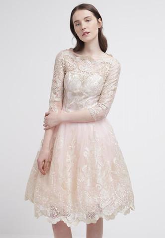 Ist das Kleid angemessen für ein Ablussball? (Abschluss, Abschlusskleid)