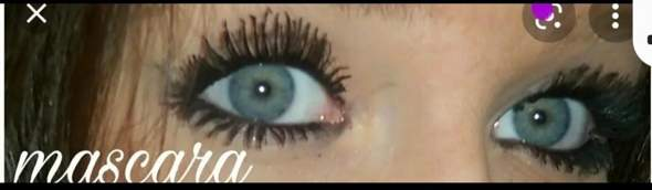 Ist das normal das die Wimpern hinten kürzer sind und vorne im Augenwinkel am längsten?