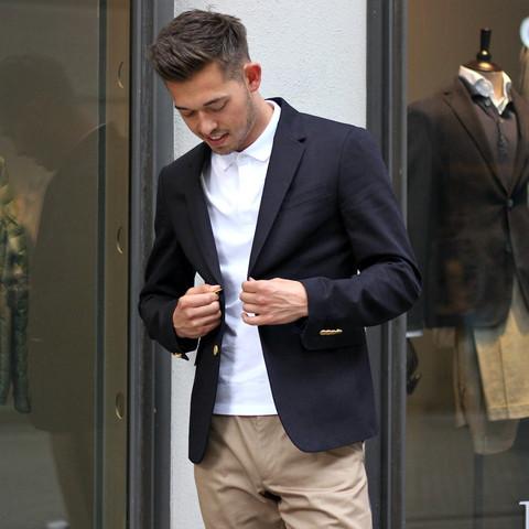 Bild 2 - (Mode, Kleidung, Mofa)